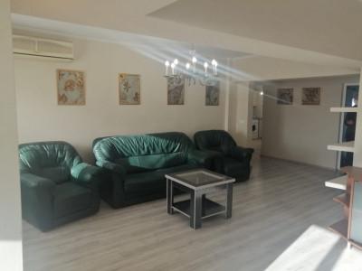 Apartament 4 camere transformat in 3 camere zona Spital - parc tomis 2