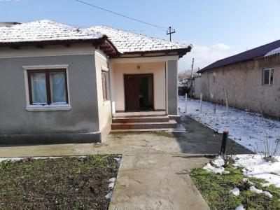 Tuzla - Casa 4 camere, teren 500 mp - Constanta