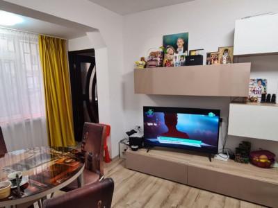 INTIM - PIATA CARAGIALE - Apartament 3 camere parter