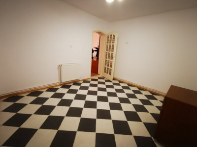 Coiciu - Casa 3 camere, baie, bucatarie - Constanta