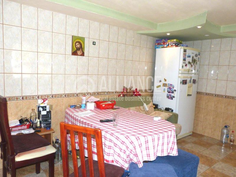 EFORIE SUD- Casa individuala spatioasa cu o curte mare.