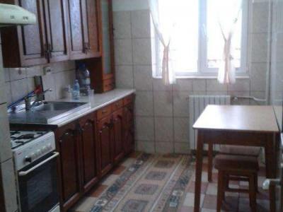 Tomis 3 - Macul Rosu - Apartament 2 camere decomandat Centrala Gaz